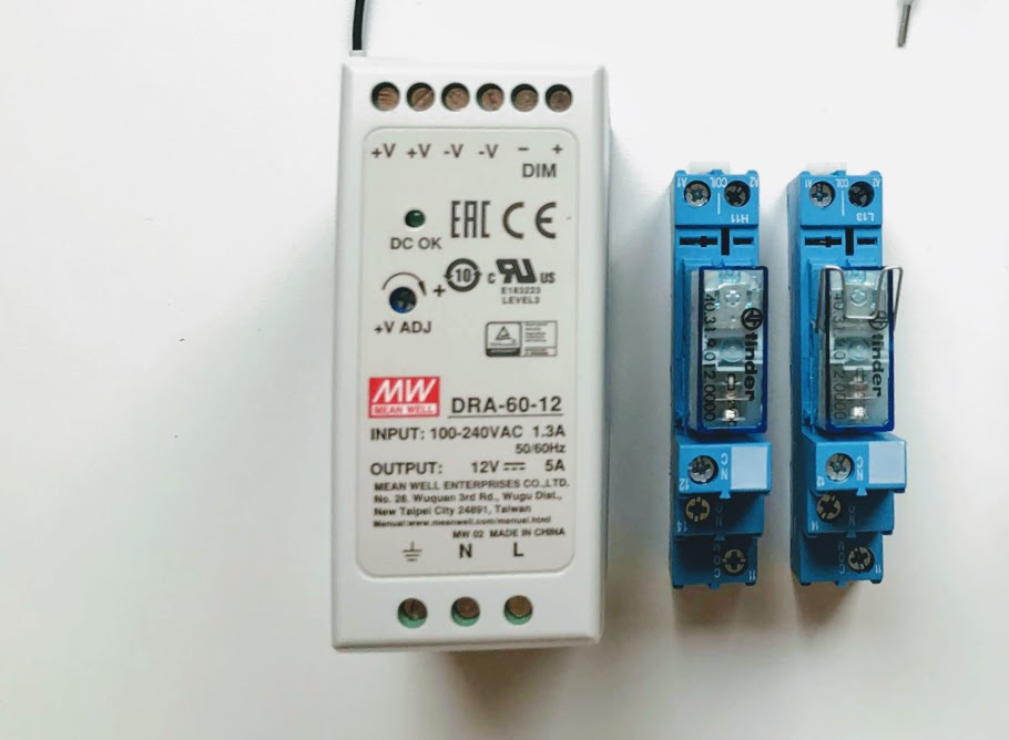 Power_supply_and_relays